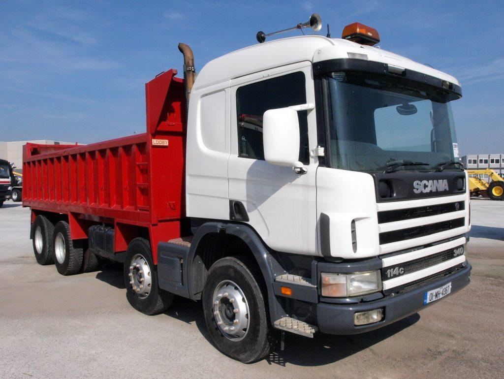産業廃棄物の収集運搬車両の種類について (青森県 青森市 行政書士)