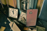 古物商の義務|標識(プレート)の作成や掲示場所に関する基本事項を解説